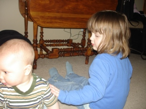 OOH! Keep turning! Jonas look at mommy!
